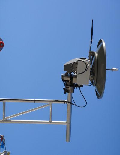 LinkAlign-360RPT-10 with 2-foot Parabolic Antenna + Radwin Radio