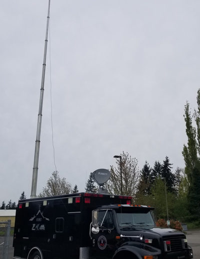 Mobile Command Center with LinkAlign-360EER-10