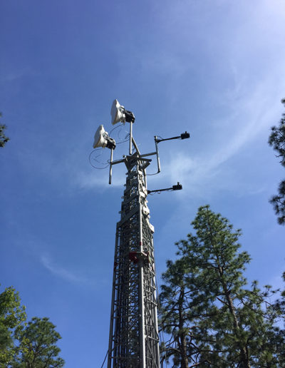 Mobile Tower with 2 LinkAlign-360RPT-20 with Ubiquity Air Fiber Installed